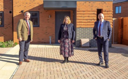 COMPLETION OF 46 HOUSES AND 19 APARTMENTS IN HEMEL HEMPSTEAD FOR DACORUM BOROUGH COUNCIL